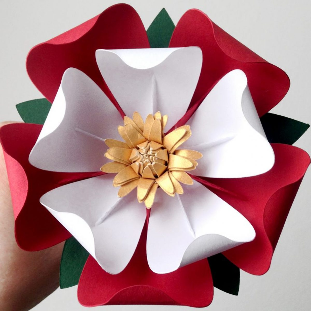 5-laura-reed-design-paper-tudor-rose