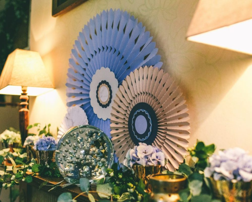 blue-blush-pinwheels-with-foliage