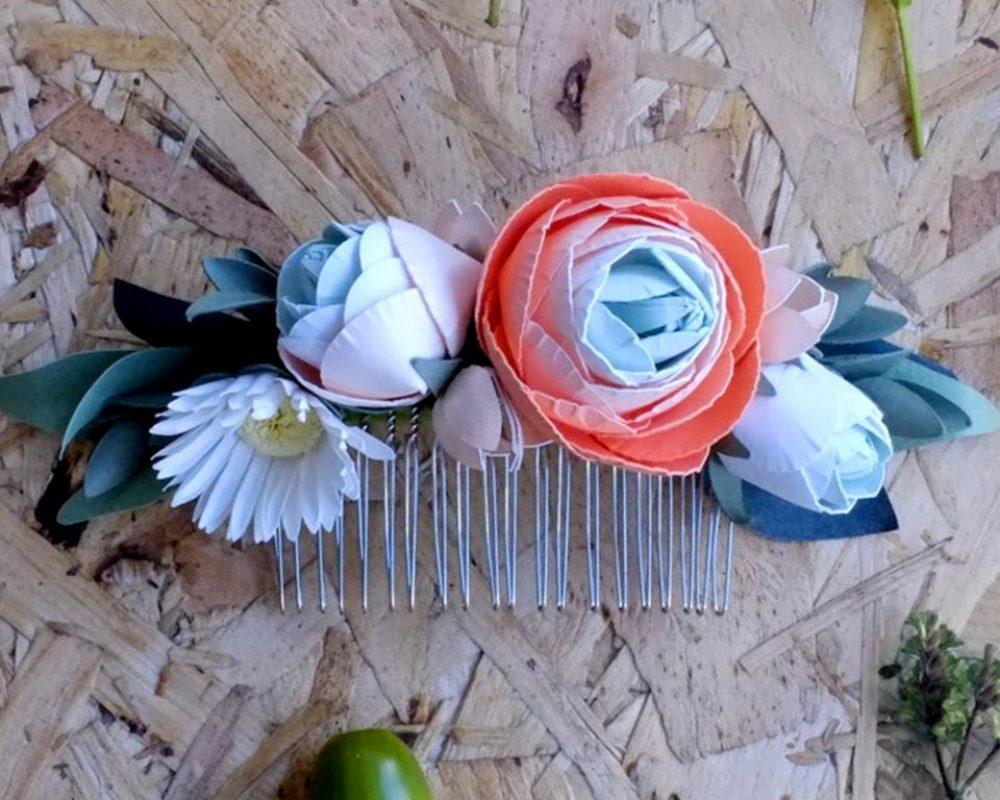 paper-flower-ranuncula-hair-comb