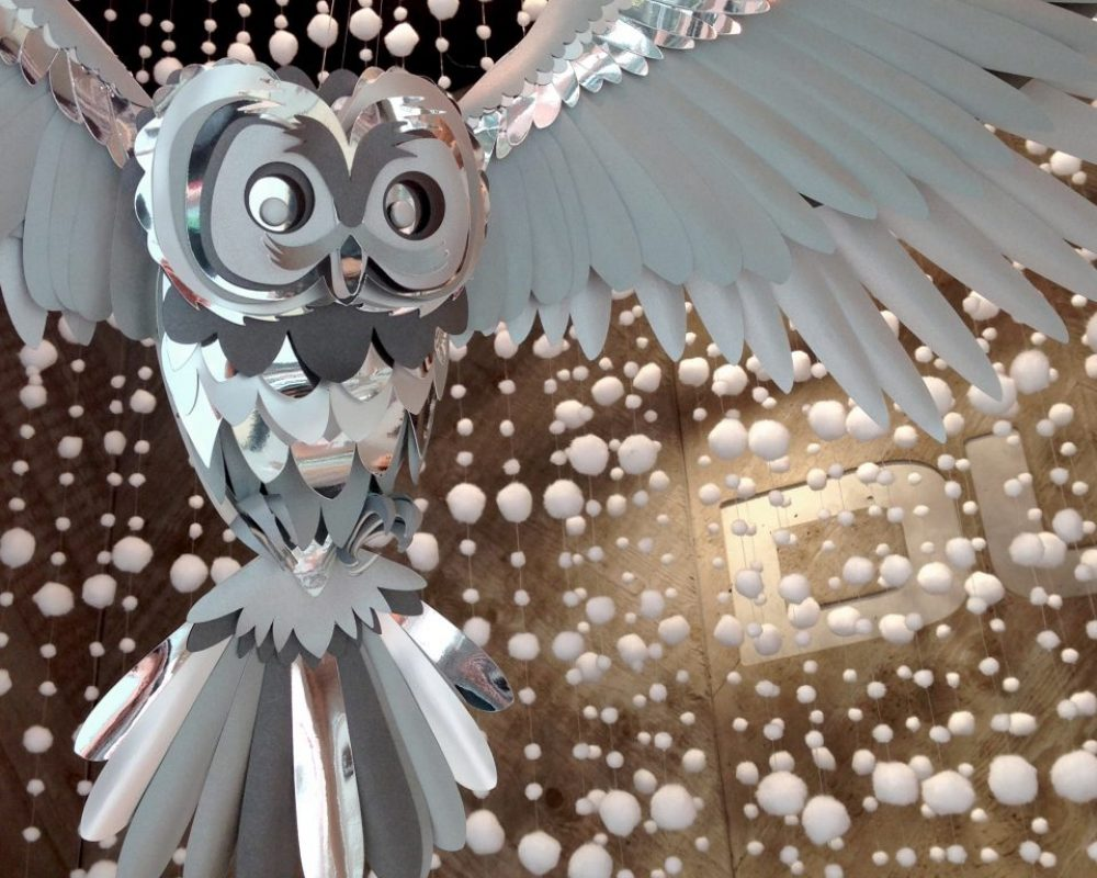 paper-owl-window-display